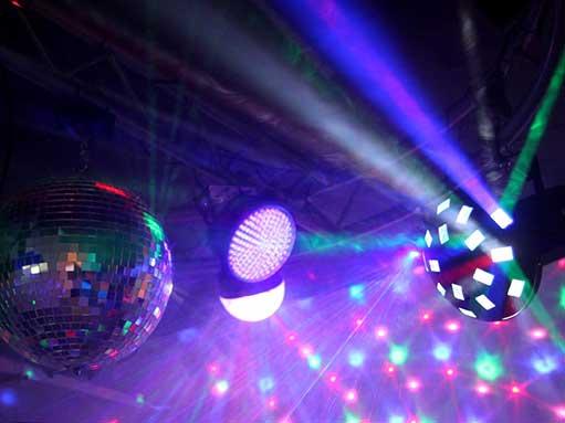 lumumba alquiler luces sonido proyector iluminacion